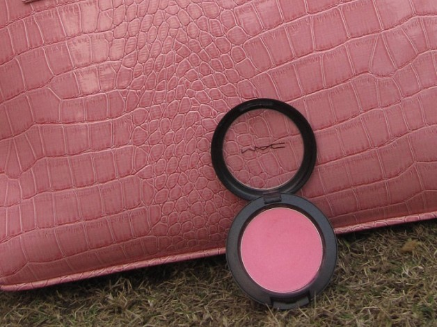 mac pink swoon sheertone blush review swatch photo
