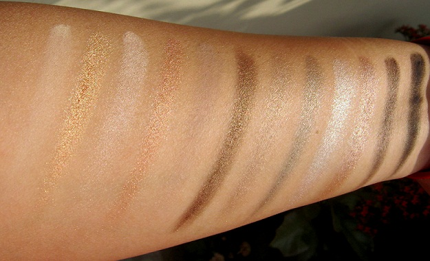 urban decay naked2 eyeshadow palette review swatches