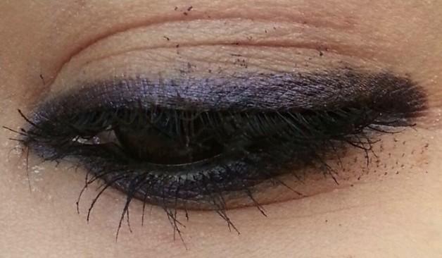 Bobbi Brown Smokey Kajal Eyeliner black amethyst Review Swatches on eyes