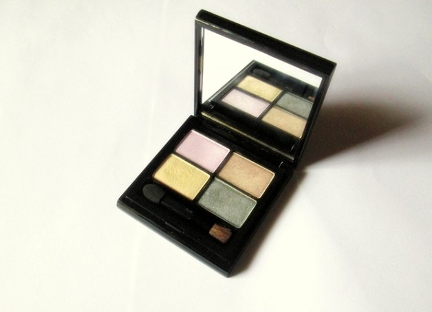Elizabeth Arden Color Intrigue Eyeshadow Quad Golden Lilac Review