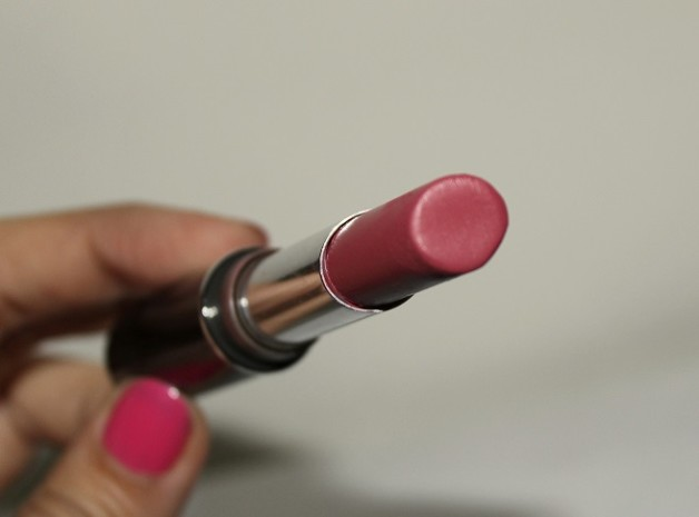 Lakme Absolute Creme Lipstick Sheer Berry review swatches blog
