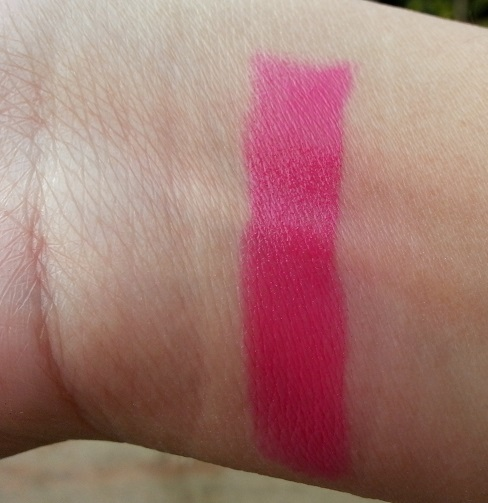 maybelline pink alert lipstick pow2 review swatches