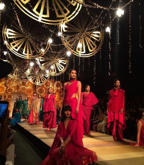 wills lifestyle india fashion week aw14 day1 tarun tahiliani show