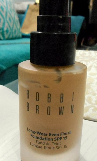 Bobbi Brown Long Wear Even Finish Foundation Spf15 Review Swatches