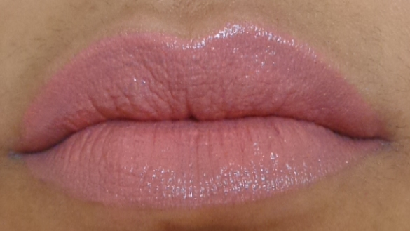 Faces Glam on lipstick Esoteric Review lip swatch
