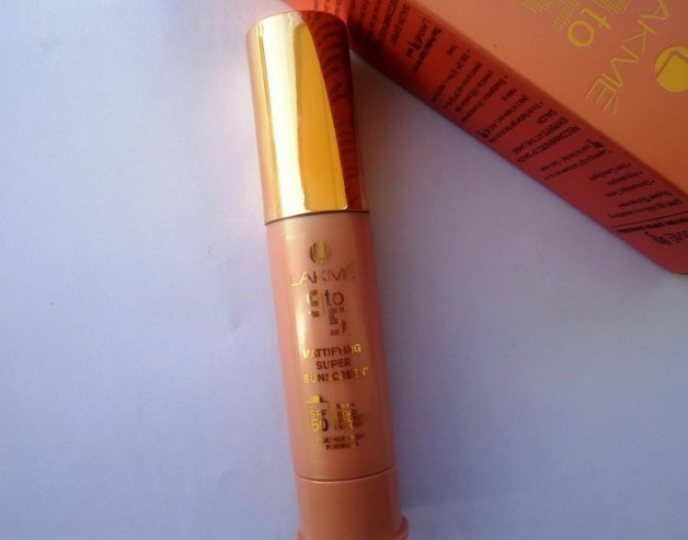 Lakme 9 to 5 Mattifying Super Sunscreen spf50 review
