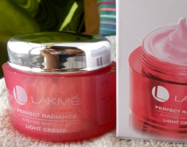 lakme perfect radiance intense whitening light creme review swatches blog