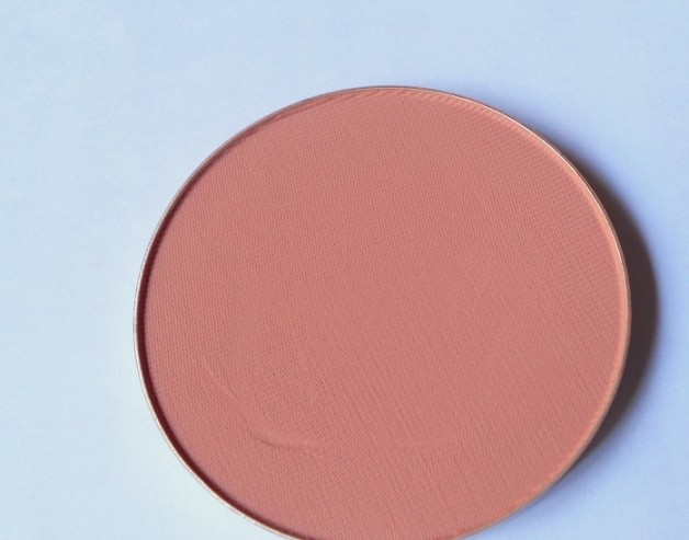 mac melba powder blush review