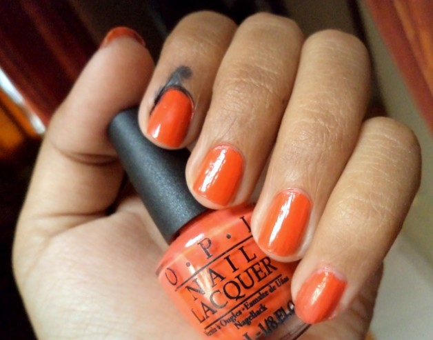 opi atomic orange nail lacquer review