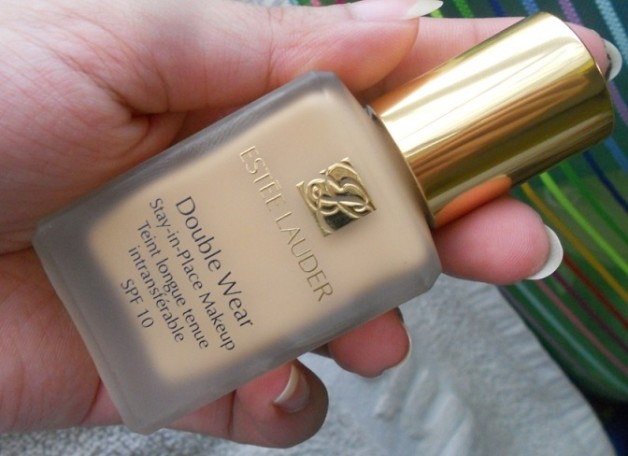 Estee Lauder Double Wear Stay in Place Makeup foundation review swatches india