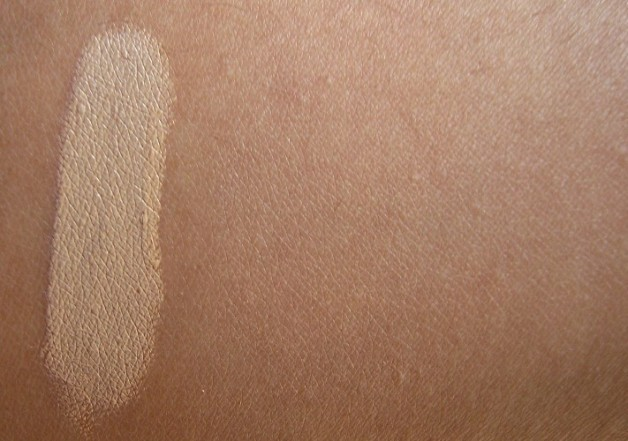 NYX HD Photogenic Concealer Wand Review swatch before after