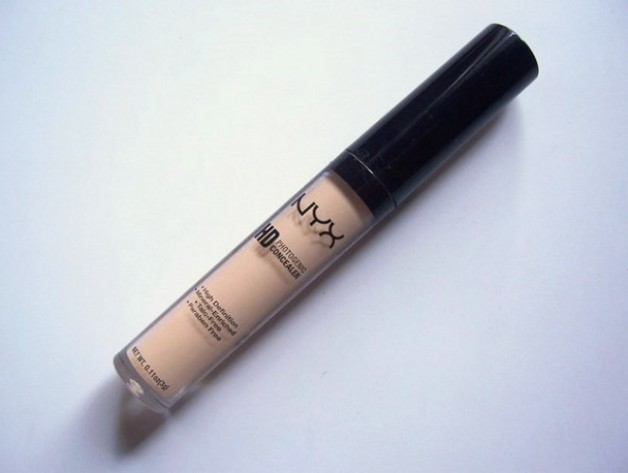 NYX HD Photogenic Concealer Wand Review swatches blog
