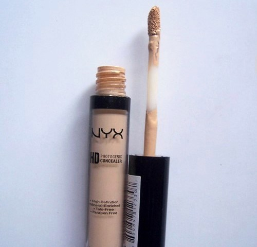 NYX HD Photogenic Concealer Wand CW04 Beige: Review and ...