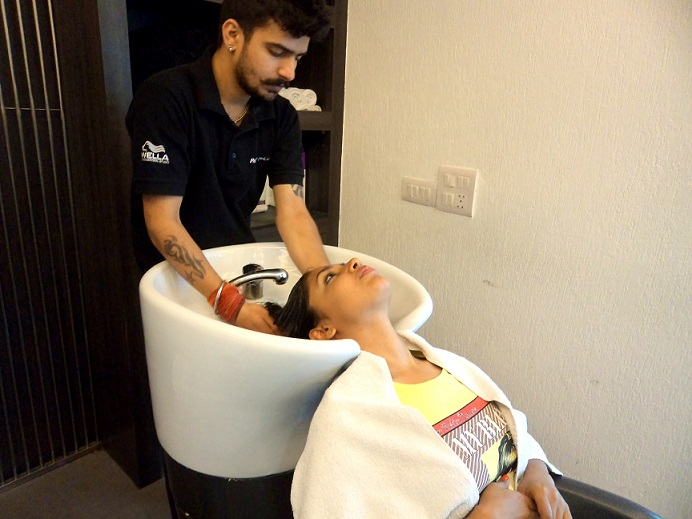 Review hair spa with wella sp luxe oil collection at for A luxe beauty salon
