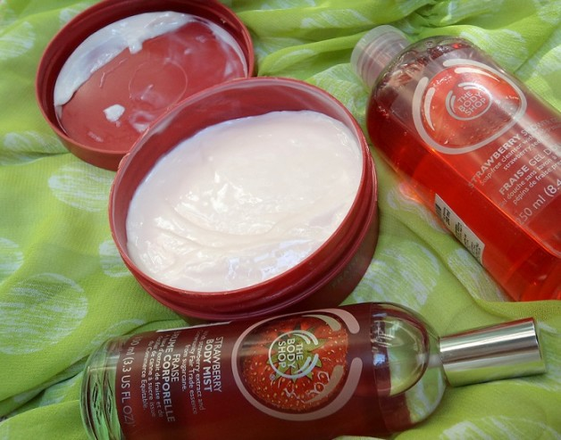 the body shop strawberry range shower gel body butter body mist review
