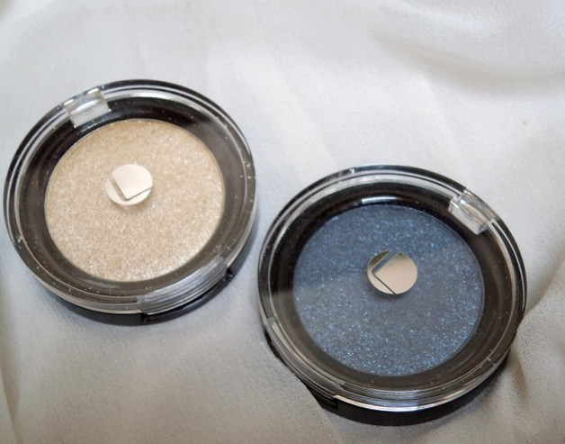 Lakme Absolute Color Illusion Pearl Eye Shadows reviews