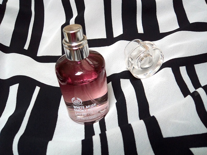 The Body Shop White Musk Smoky Rose perfume Review