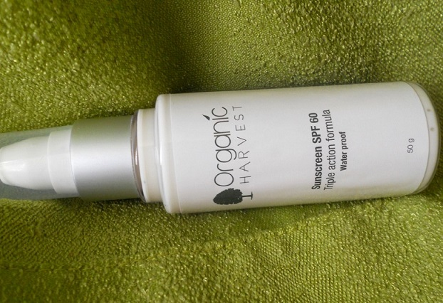 Organic Harvest Sunscreen SPF60 review india