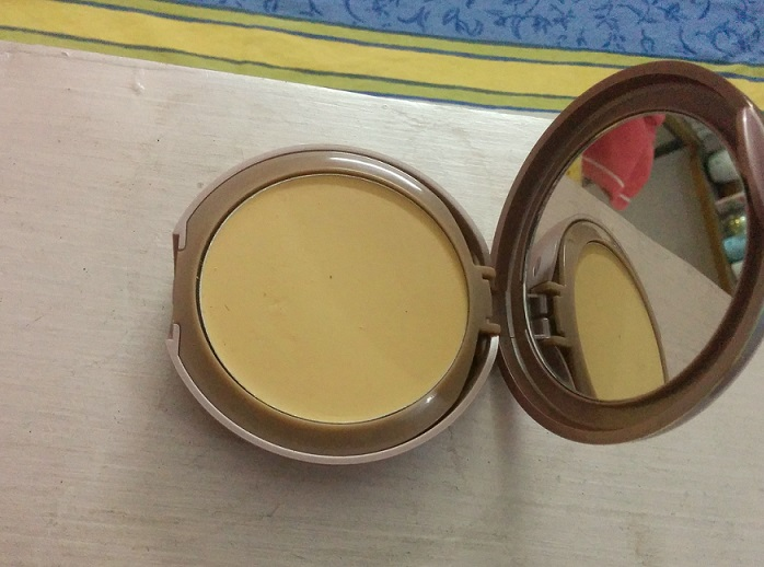 Lakme 9 to 5 Flawless Matte Complexion Compact review
