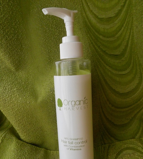 Organic Harvest Hair Fall Control Shampoo review india