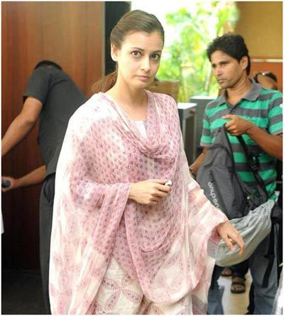dia mirza without makeup