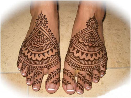 Best Arabic Mehndi Designs for feet bridal 20