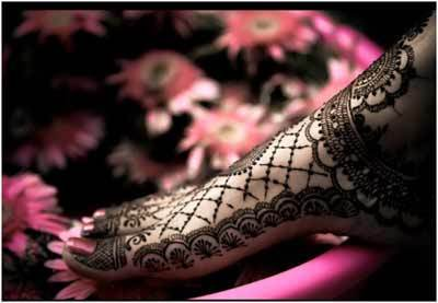 Best Arabic Mehndi Designs for feet bridal 24