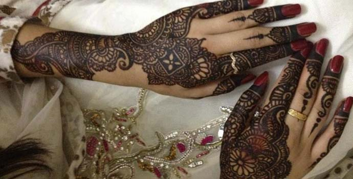 Best Arabic Mehndi Designs for hands bridal 2