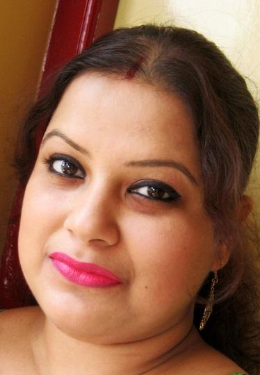 MAC Good Kisser Lipstick Review Swatch fotd indian skin