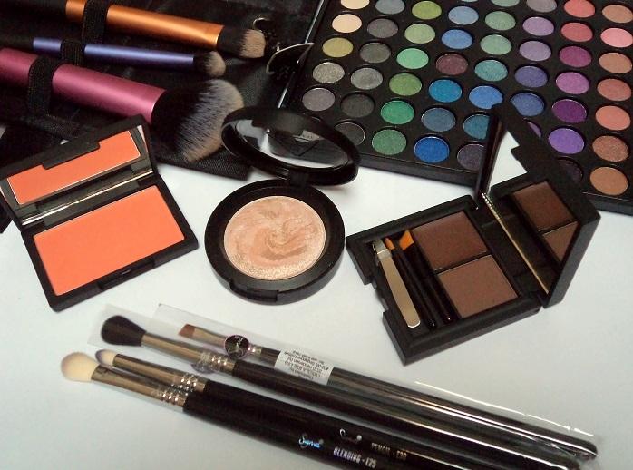 luxola sigma sleek 3c makeup haul