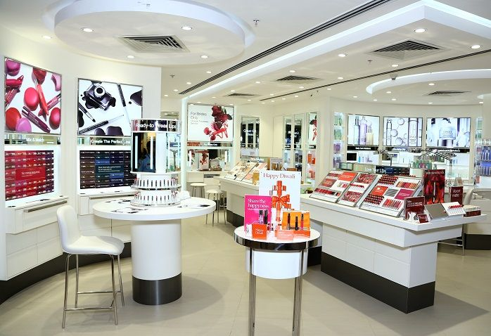 CLINIQUE New selectcity walk store delhi
