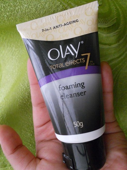 Olay Total Effects Foaming Cleanser Review