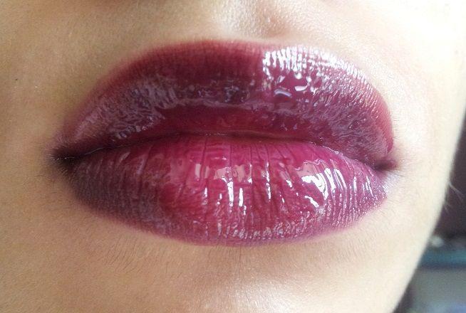 Revlon Colorstay Moisture Stain Parisian Passion Review lip Swatches