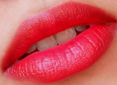 LOreal-Paris-Infallible-Le-Rouge-Lipcolor-Ravishing-Red-Review-Swatch