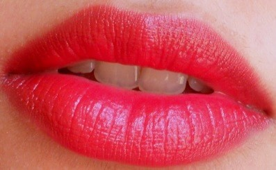 LOreal-Paris-Infallible-Le-Rouge-Lipcolor-Ravishing-Red-Review-Swatches-india