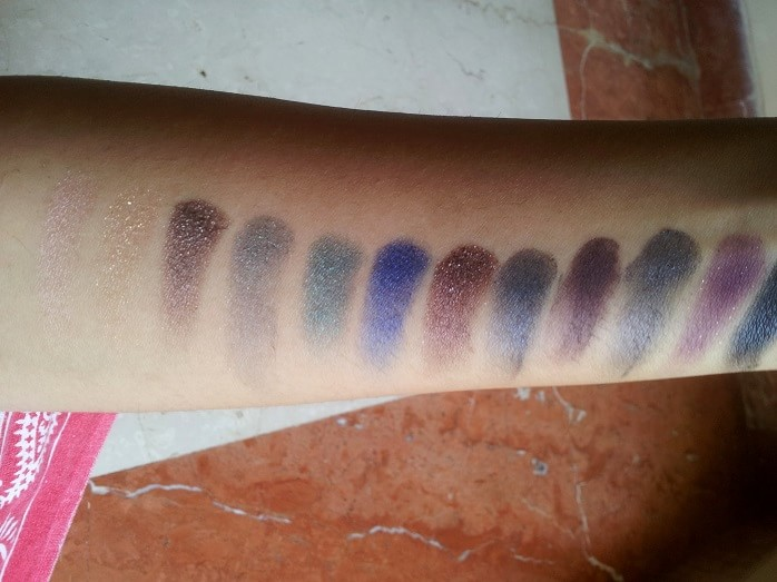 Sleek-Makeup-Arabian-Nights-i-Divine-Eyeshadow-Palette-Review-Swatch