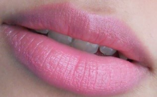 Lakme-Absolute-Gloss-Addict-Lipstick-Desert-Rose-reviews