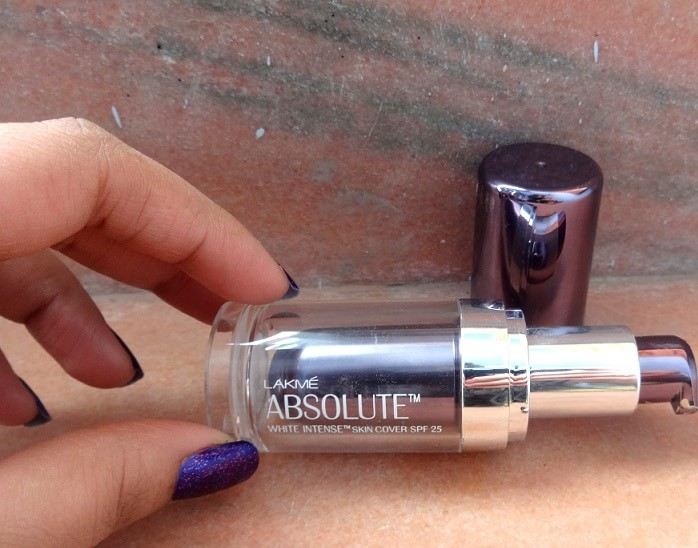 Lakme-Absolute-White-Intense-Skin-Cover-Foundation-Review