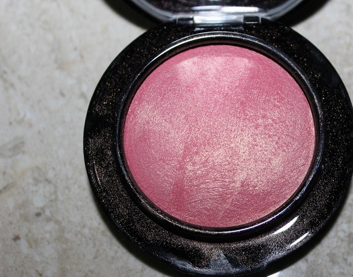 MAC-Petal-Power-Mineralize-Blush-Review-Swatches-india