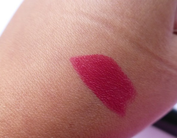 Maybelline-ColorShow-Lipstick-Midnight-Pink-Review-Swatches