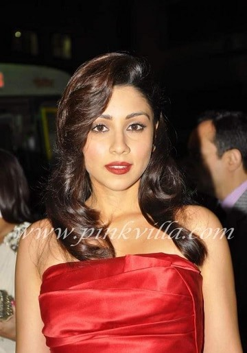 which-is-the-favourite-lipstick-of-amrita-puri