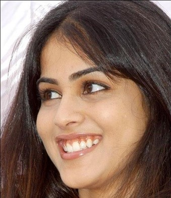 which-is-the-favourite-lipstick-of-genelia-d-souza