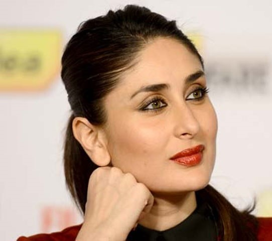 which-is-the-favourite-lipstick-of-kareena-kapoor
