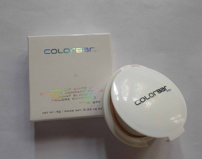 Colorbar-Radiant-White-UV-Fairness-Compact-Powder-Reviews