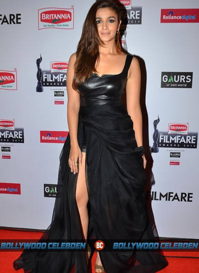 alia-dress-filmfare-awards-2015