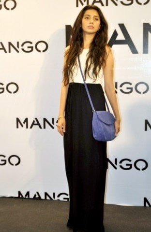 mahira-how-to-wear-maxi-dress