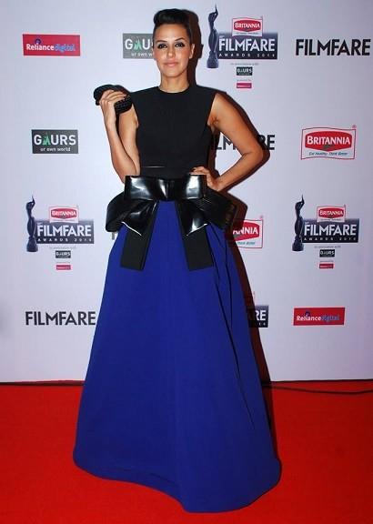 neha-dress-filmfare-awards-2015