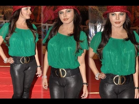 rakhi-embarassing-bollywood-actresses-wardrobe-malfunction-pictures