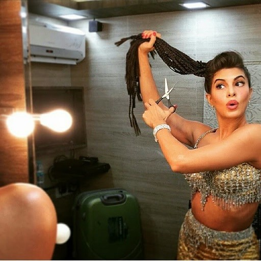 Jacqueline-Fernandez-instagram-handle-and-photos-min