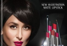 Lakme-Absolute-Sculpt-Matte-Lipsticks-shades-on-kareena-kapoor